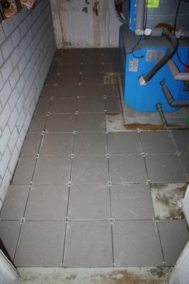 Gefliester Kellerboden