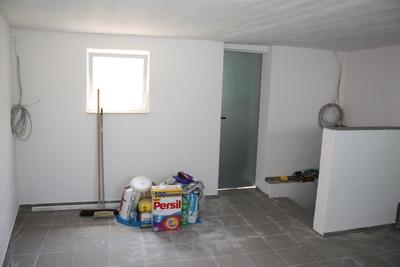 Wandfläche streichen